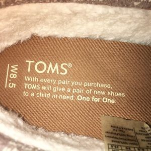 Toms Shoes - TOMS  SLIP ON SHOES